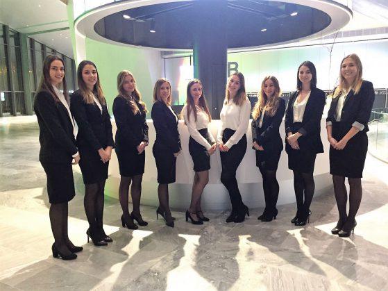Conférence au Swisstech Convention Center - hôtesses Just W